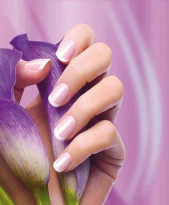 fing-rs-french-manicure